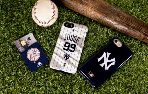 Yankees Cases & Skins