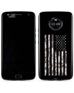Black and White Camo American Flag Moto X4 Skin