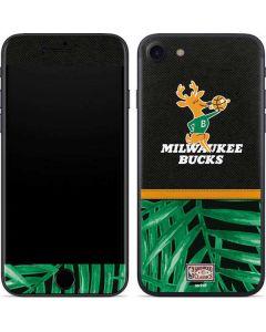 Milwaukee Bucks Retro Palms iPhone SE Skin