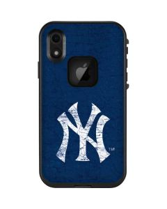New York Yankees - Solid Distressed LifeProof Fre iPhone Skin