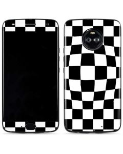 Black and White Zoomed Checkerboard Moto X4 Skin