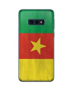 Cameroon Flag Distressed Galaxy S10e Skin