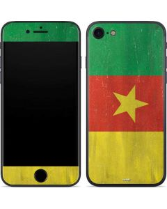 Cameroon Flag Distressed iPhone 7 Skin