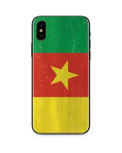 Cameroon Flag Distressed iPhone XS Skin