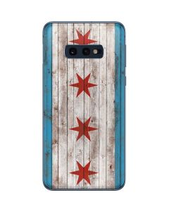 Chicago Flag Dark Wood Galaxy S10e Skin