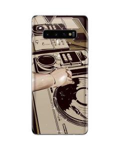 DJ Spinning Galaxy S10 Plus Skin