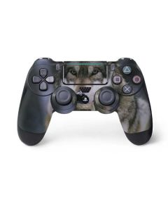 Gray Wolf at International Wolf Center PS4 Pro/Slim Controller Skin
