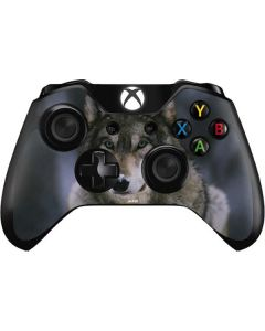 Gray Wolf at International Wolf Center Xbox One Controller Skin