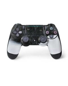 Gray Wolf Resting In Deep Snow PS4 Pro/Slim Controller Skin