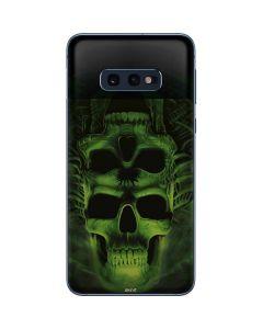 Green Skulls Galaxy S10e Skin