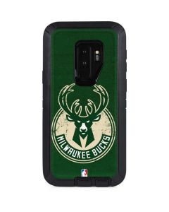 Milwaukee Bucks Green Distressed Otterbox Defender Galaxy Skin