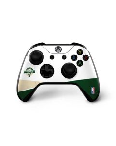 Milwaukee Bucks Split Xbox One X Controller Skin