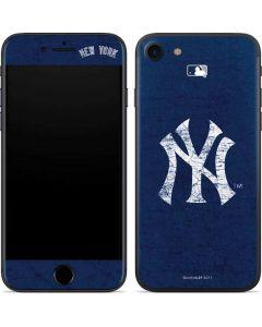 New York Yankees - Solid Distressed iPhone 7 Skin