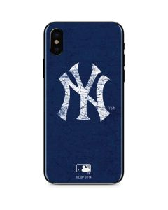 New York Yankees - Solid Distressed iPhone XS Skin