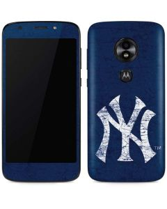 New York Yankees - Solid Distressed Moto E5 Play Skin
