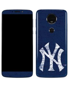 New York Yankees - Solid Distressed Moto E5 Plus Skin