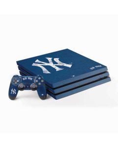 New York Yankees - Solid Distressed PS4 Pro Bundle Skin