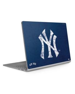 New York Yankees - Solid Distressed Surface Book 2 15in Skin