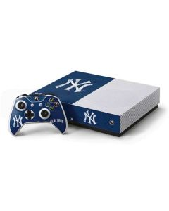 New York Yankees - Solid Distressed Xbox One S All-Digital Edition Bundle Skin