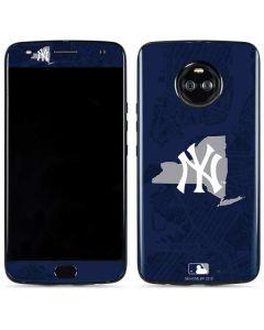 New York Yankees Home Turf Moto X4 Skin