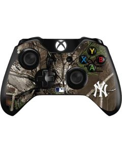 New York Yankees Realtree Xtra Green Camo Xbox One Controller Skin