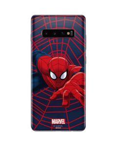 Spider-Man Crawls Galaxy S10 Plus Skin