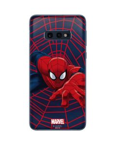 Spider-Man Crawls Galaxy S10e Skin