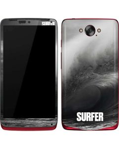 SURFER Black and White Wave Motorola Droid Skin