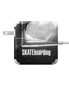 TransWorld SKATEboarding Wall Ride Apple Charger Skin