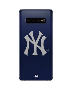 Yankees Embroidery Galaxy S10 Plus Skin