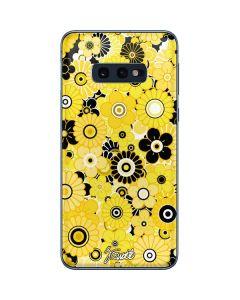 Yellow Flowerbed Galaxy S10e Skin