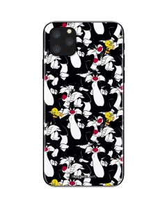 Sylvester and Tweety Super Sized iPhone 11 Pro Max Skin