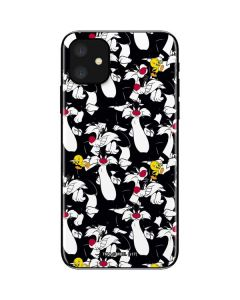 Sylvester and Tweety Super Sized iPhone 11 Skin