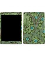 Forget-Me-Nots by William Morris Apple iPad Air Skin