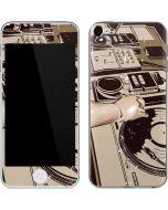 DJ Spinning Apple iPod Skin