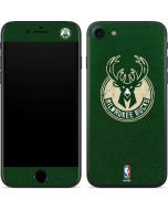 Milwaukee Bucks Green Distressed iPhone SE Skin