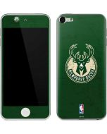 Milwaukee Bucks Green Distressed Apple iPod Skin