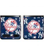 New York Yankees - Primary Logo Blast Galaxy Z Flip Skin