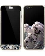Artists Concept of an Astronaut Floating in Outer Space iPhone 6/6s Skin