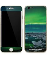 Aurora Borealis Over The Glacial Lagoon Jokulsarlon in Iceland iPhone 6/6s Skin