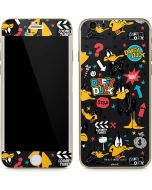 Daffy Duck Patches iPhone 6/6s Skin