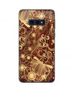 Floral Wood Mahogany Galaxy S10e Skin