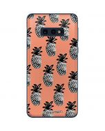 Gray Scale Pineapple Galaxy S10e Skin