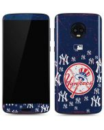 New York Yankees - Primary Logo Blast Moto G6 Skin