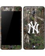 New York Yankees Realtree Xtra Green Camo Galaxy Grand Prime Skin