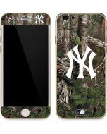 New York Yankees Realtree Xtra Green Camo iPhone 6/6s Skin