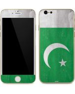 Pakistan Flag Distressed iPhone 6/6s Skin