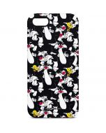 Sylvester and Tweety Super Sized iPhone 5/5s/SE Pro Case