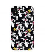 Sylvester and Tweety Super Sized iPhone X Pro Case