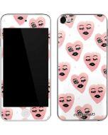 Winking Hearts Apple iPod Skin